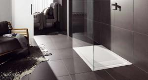 Efektowne wielkie płytki w łazience